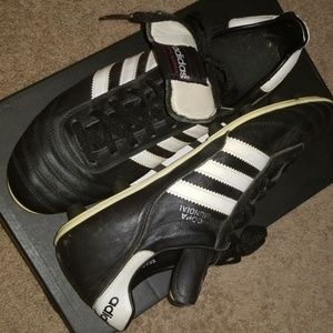 Men's Copa Mundial soccer cleats size 10